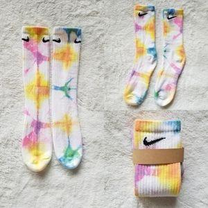 NIKE Tie Dye Rainbow Socks Womens S